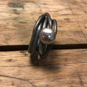 STRANDSTEN   Oxyderet ring