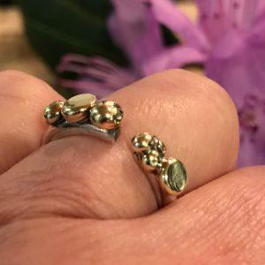 STRANDSTEN | Åben sølvring med guldsten