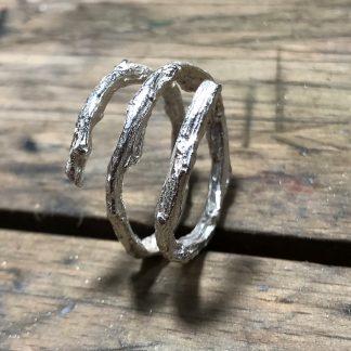 GRENEN | Viklet ring